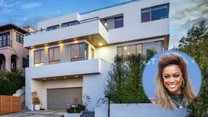 Supermodel Tyra Banks 'Smizes' Into $7M Modern Stunner in Pacific Palisades