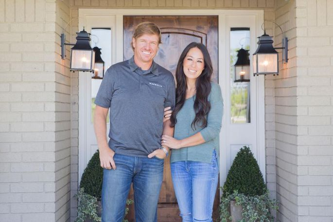 Chip and joanna gaines get a shocking phone call guess for Did chip and joanna gaines get a divorce
