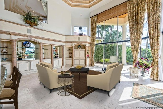 Ben Carson's West Palm Beach place doesn't hold a candle to his boss's Mar-a-Lago, but it's still luxurious.