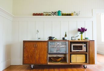 Moveable Feast: A Quirky 'Gypsy Kitchen' Rolls Into a Sausalito Home