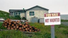 Ramshackle Home Isn't Selling? Maybe Put Up a 'Not Haunted' Sign