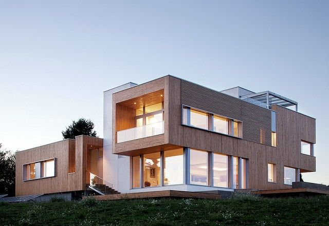 The Karuna house in Yamhill County, Oregon is a passive house that has won green building awards.
