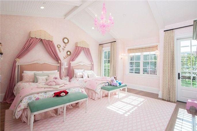 Girls' suite