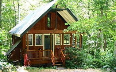 Built by a Bold Woman, This Wee House in North Carolina Is a Perfect Getaway