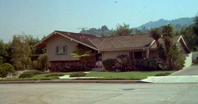 """""""Brady Bunch"""" house in opening credits of the show"""