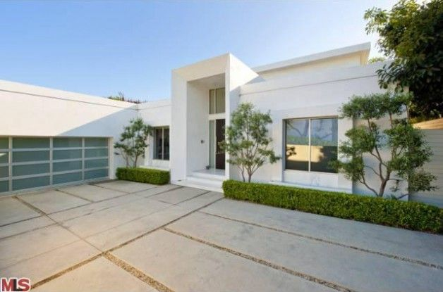 Matthew Perry Flips in Hollywood Hills