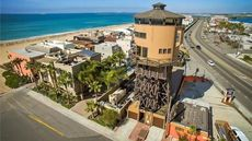 'World's Coolest Beach House': SoCal Water Tower Rises Above the Rest