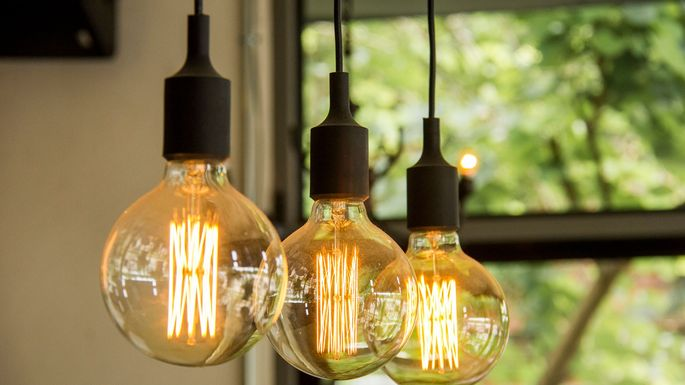 How To Hang Pendant Lights Or A Chandelier Realtor