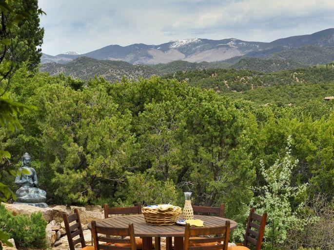 Former Cia Agent Valerie Plame Selling Santa Fe Home For