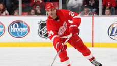 Hall of Famer Chris Chelios Hopes to Score a Buyer for Michigan Mansion