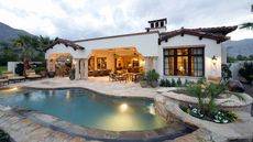 Putting in a Swimming Pool? 5 Cool Trends You'll Want to Dive Into