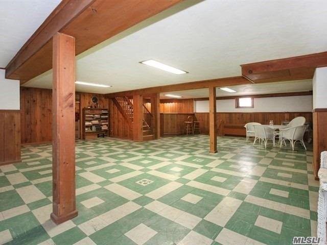 basement_playroom_before
