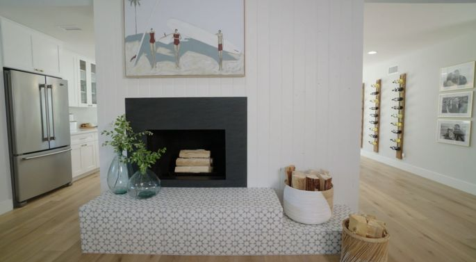 With a new look, this fireplace is stylish!
