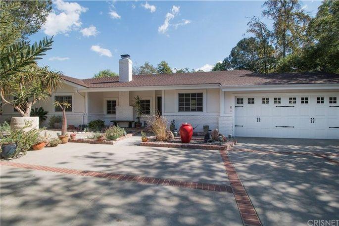 Oscar Nunez's Hollywood Hills home