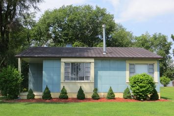 Houses of Steel: 6 Lustron Homes Still Standing Tall
