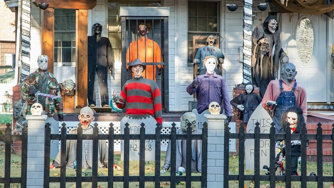 Halloween Decorations Your Neighbors Hate More Than Life Itself