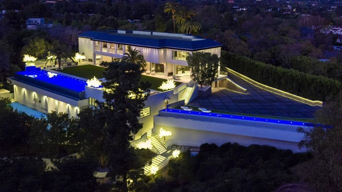 $150 million spec home in Holmby Hills