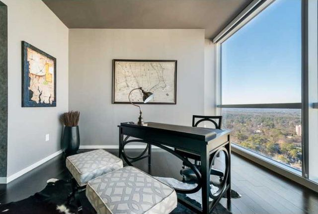 dan-uggla-atlanta-condo-apartment-15