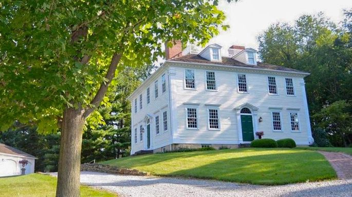 Built in CT in 1796, This Historic Home Was Reassembled in Ohio
