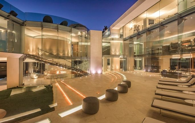 La Jolla S Cutting Edge Razor House Goes On The Market For