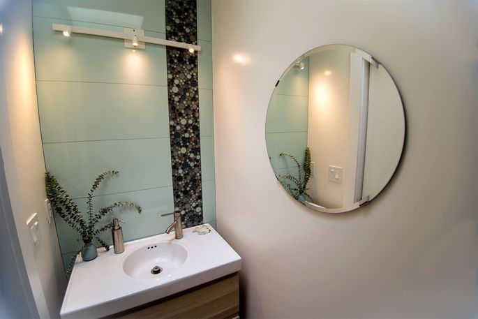 Design Tips For Tiny Bathrooms Realtorcom - Tiny-bathrooms