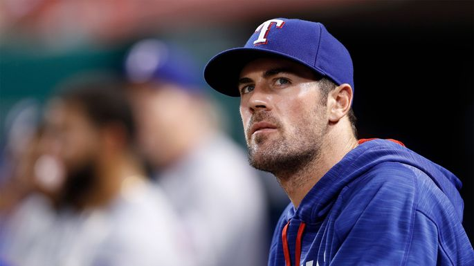 Texas Rangers ride Cole Hamels to win over sliding Houston Astros