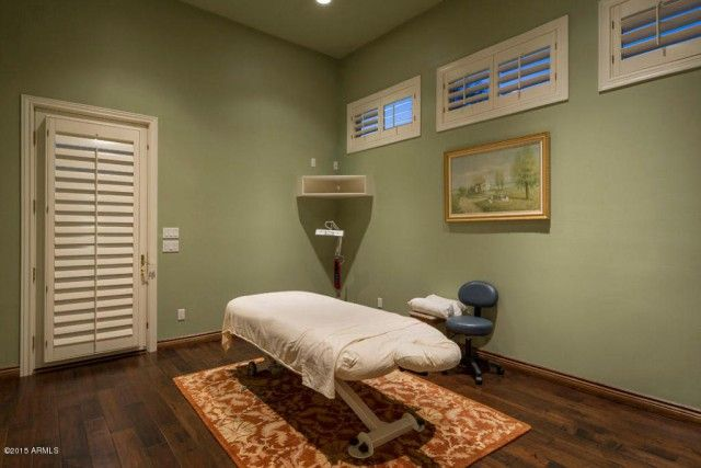 Real Relaxation: 8 Homes With Private Massage Rooms