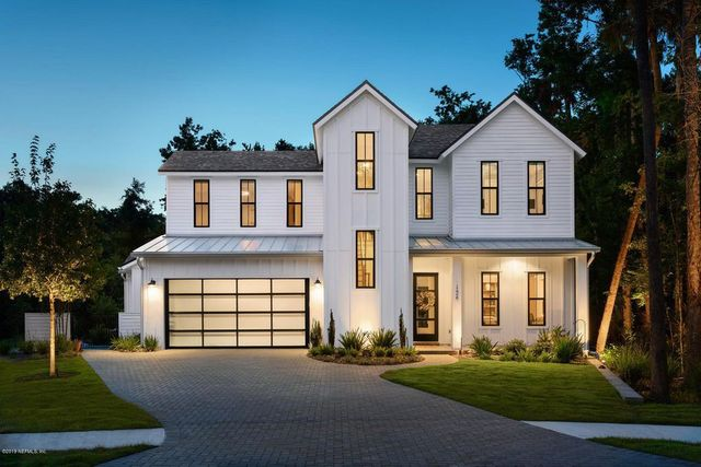 Modern farmhouse in Ponte vedra beach, FL