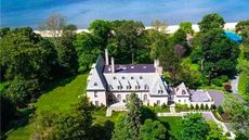 'Great Gatsby' Mansion on Long Island Gets $1M Price Cut