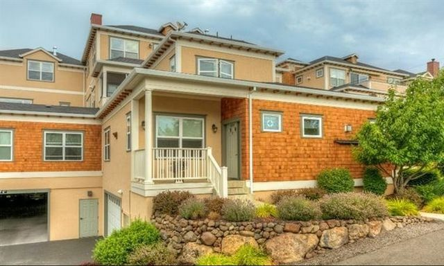 614 Fair Oaks Ct, Ashland, OR, $355,000