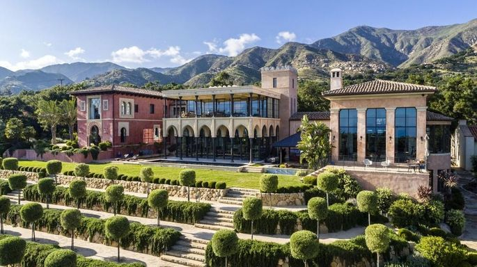 This estate is styled after the Alhambra palace in Granada, Spain.