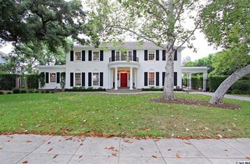 Cue the Swans: Here Comes the 'Father of the Bride' House for $2M