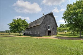 Tim McGraw and Faith Hill List Farm Formerly Owned by Harry Williams Sr.