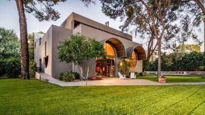 Desert Oasis: Rare Paolo Soleri-Designed House in Arizona Seeking a Buyer