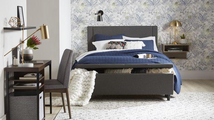 47843-SmallSpaces-Home-Small Bedroom V3_SELECT