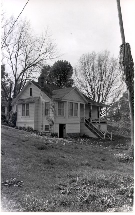 Better days: Queen Anne Hercules home back in 2005
