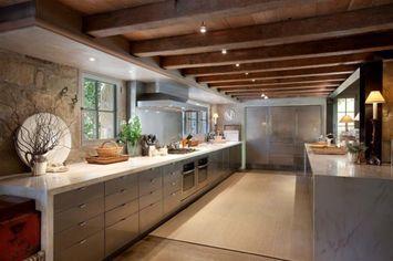 Tour Ellen DeGeneres and Portia de Rossi's New Estate