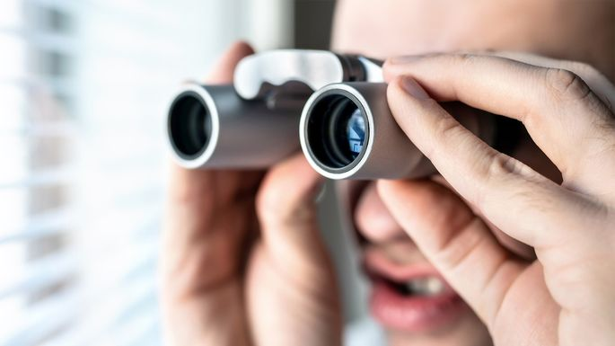 nosy-neighbor-binoculors