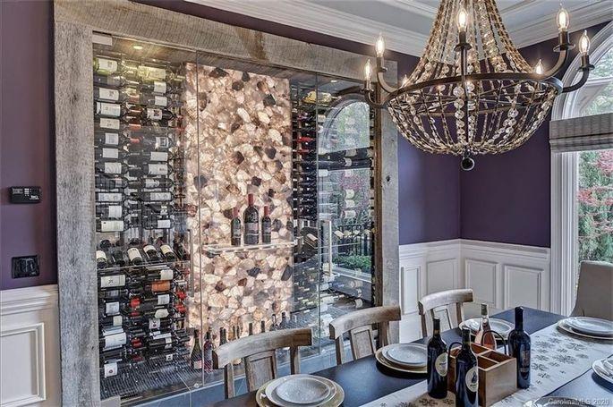 Glass wine rack