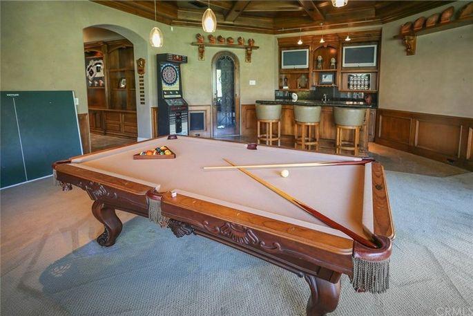 Billiard-room with bar