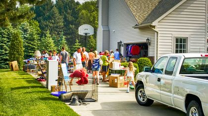 Everything Must Go! How to Sell Your Stuff—for the Most Money—Before You Move