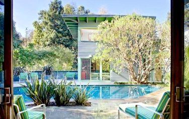 Screenwriter Larry Levin Lists Matthew Leizer Designed Santa Monica Mod (PHOTOS)