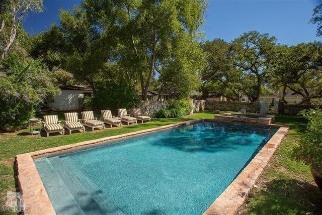 reese-witherspoon-sells-ojai-ranch-4