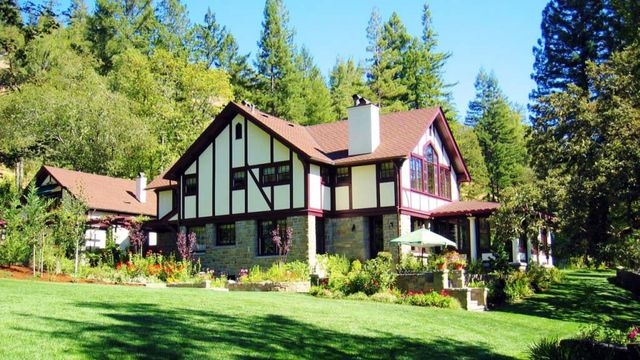 redwood estates women Choose from 13 full-service vacation rentals in redwood estates starting at $64 per night hot tubs, oceanfront, pet friendly fall in love with the vacasa experience.