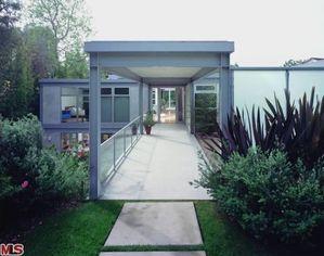 This Modern L.A. Home Has Listing Photos by Julius Shulman