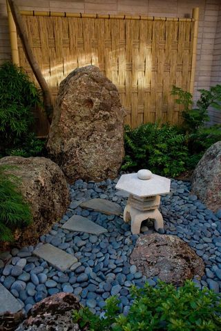 Outdoor decor ideas from around the world you 39 ll want to for Xd garden design