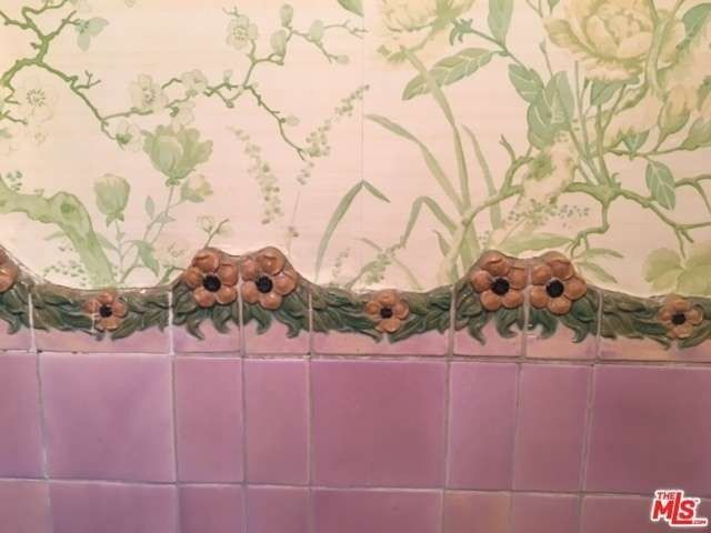 This original bathroom tile is charming.