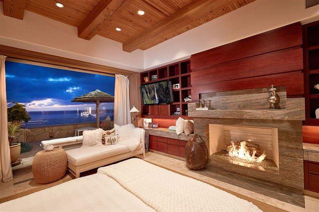 Owner's suite Gates house Del Mar