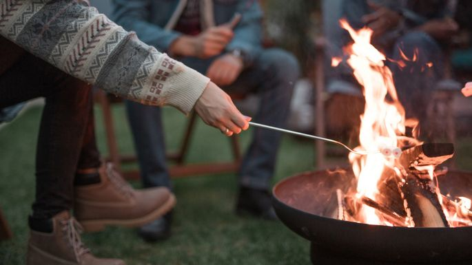 picking-fire-pit