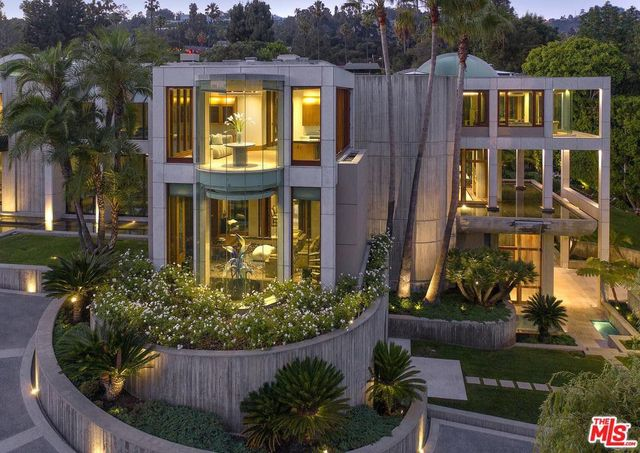 Glazer estate in Beverly Hills